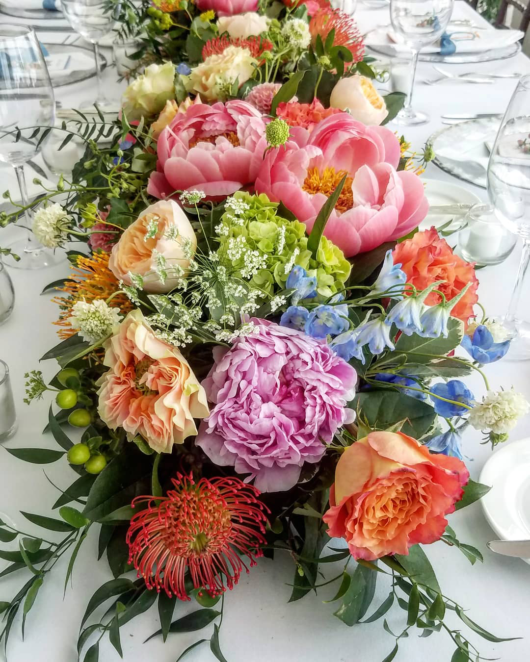 instagram_wedding_photos_flowers_centerpiece